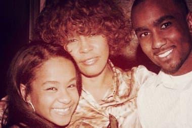 Whitney Houston, su hija y su pupilo, Nick Gordon