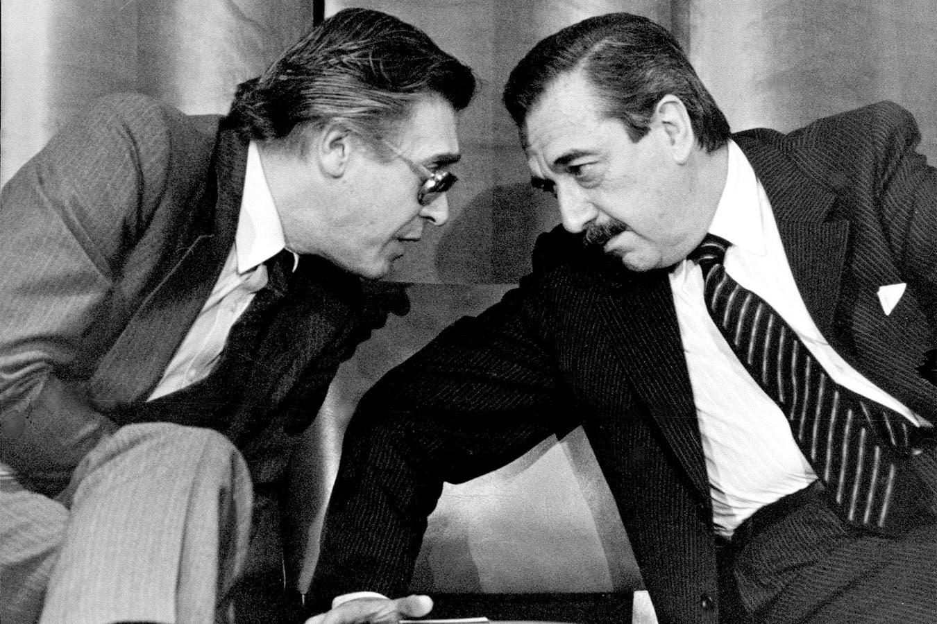 El entonces ministro de Economía Juan Sourrouille, y Raul Alfonsín, en 1985