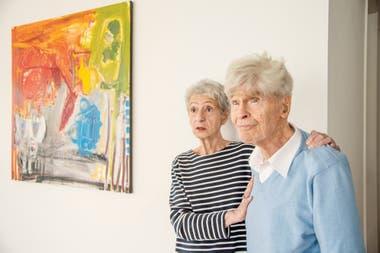 Bunge, el año pasado en su casa de Canadá, junto a su esposa, Marta Cavallo