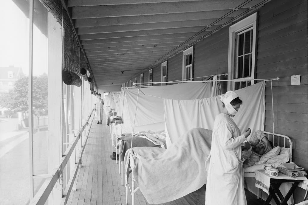 Coronavirus: en quoi il diffère de la grippe espagnole, qui a tué 50 millions de personnes en 1918