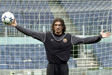 Rustu fue la primera incorporación de Laporta en 2003 para Barcelona