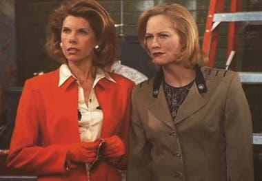 Cybill Shepherd y Christine Baranski en una escena de la serie Cybill