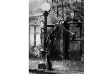 Gene Kelly en la película Cantando bajo la lluvia