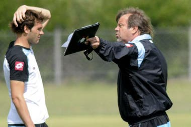 Con el Mudo Vázquez, uno de los mejores futbolistas que dirigió