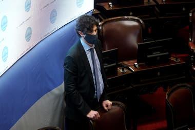 Martín Lousteau, presente en el recinto durante la sesión del Senado