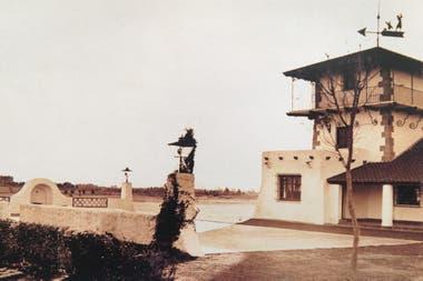 Vista del primitivo Club House, en los años 30