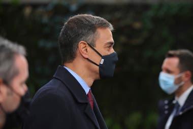 El presidente de España, Pedro Sánchez llega hoy al edificio del Consejo Europeo, en Bruselas