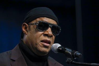 La eterna usina creativa de Stevie Wonder promete grabar un nuevo disco que, al parecer, incluiría los nuevos temas que acaba de lanzar.
