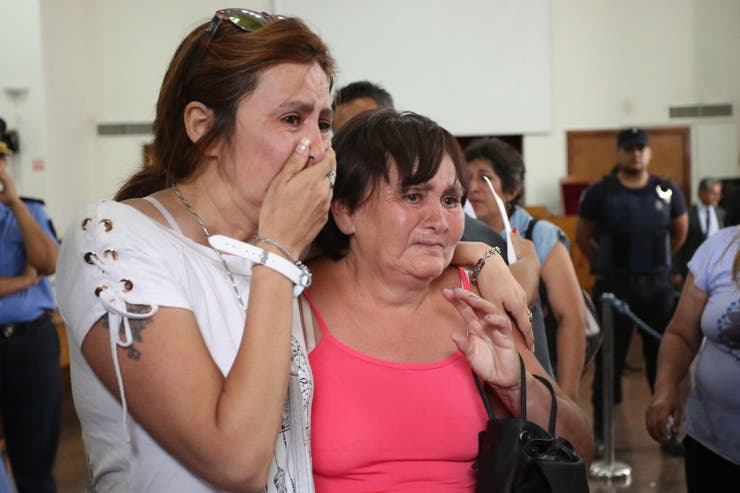 Los familiares de las víctimas rompieron en llanto al escuchar la condena