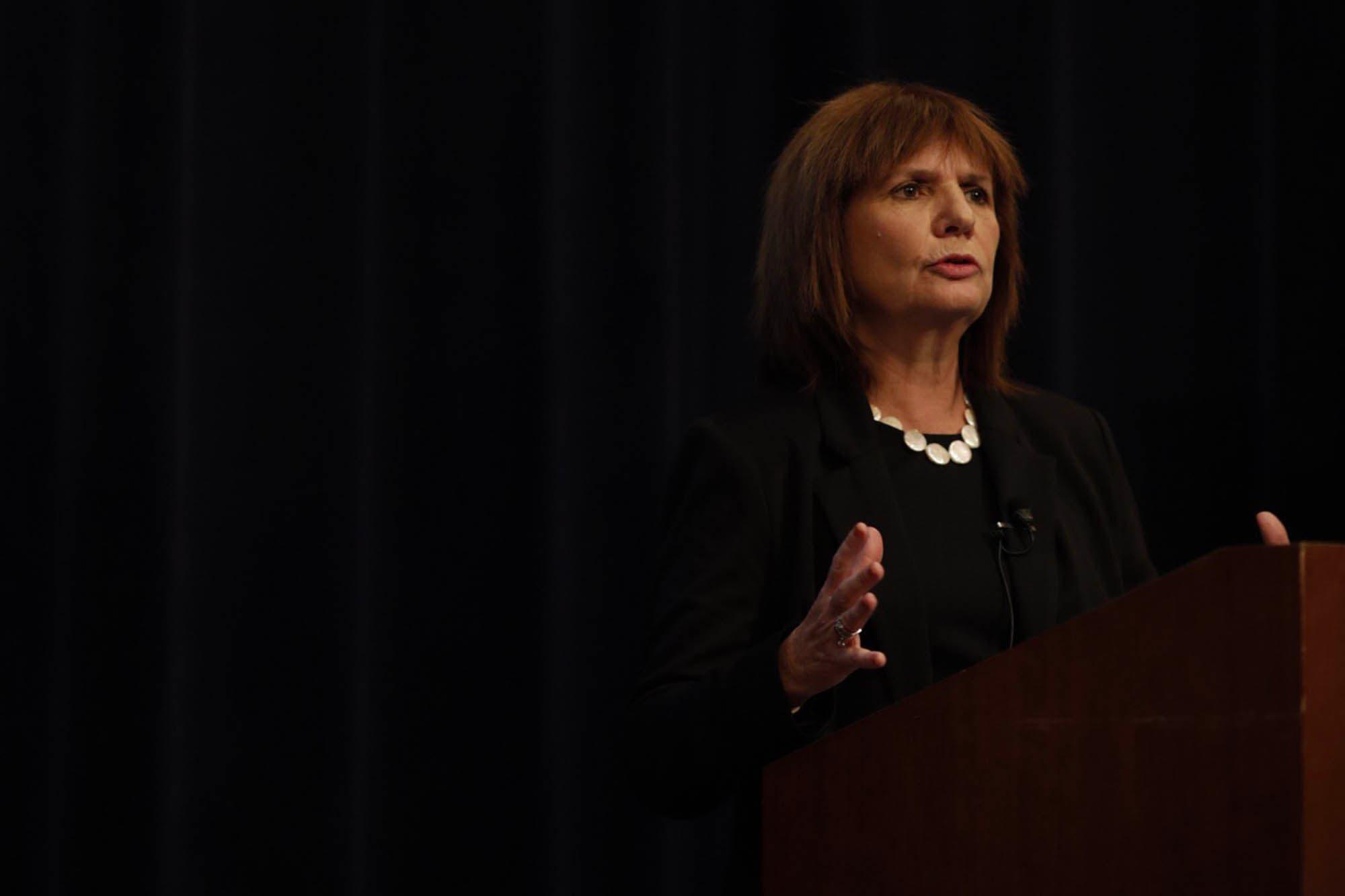 """Patricia Bullrich, en Washington: """"Nosotros sabemos que hoy estamos jodidos con la inflación"""""""