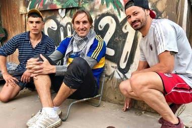 Rodrigo Mora y el flaco Schiavi en el rodaje de El Marginal