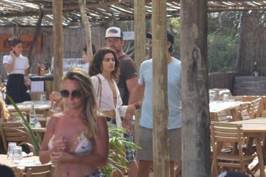 Joaquín Furriel y la joven fueron vistos muy románticos en Punta del Este, pero no quisieron mostrarse juntos para las cámaras