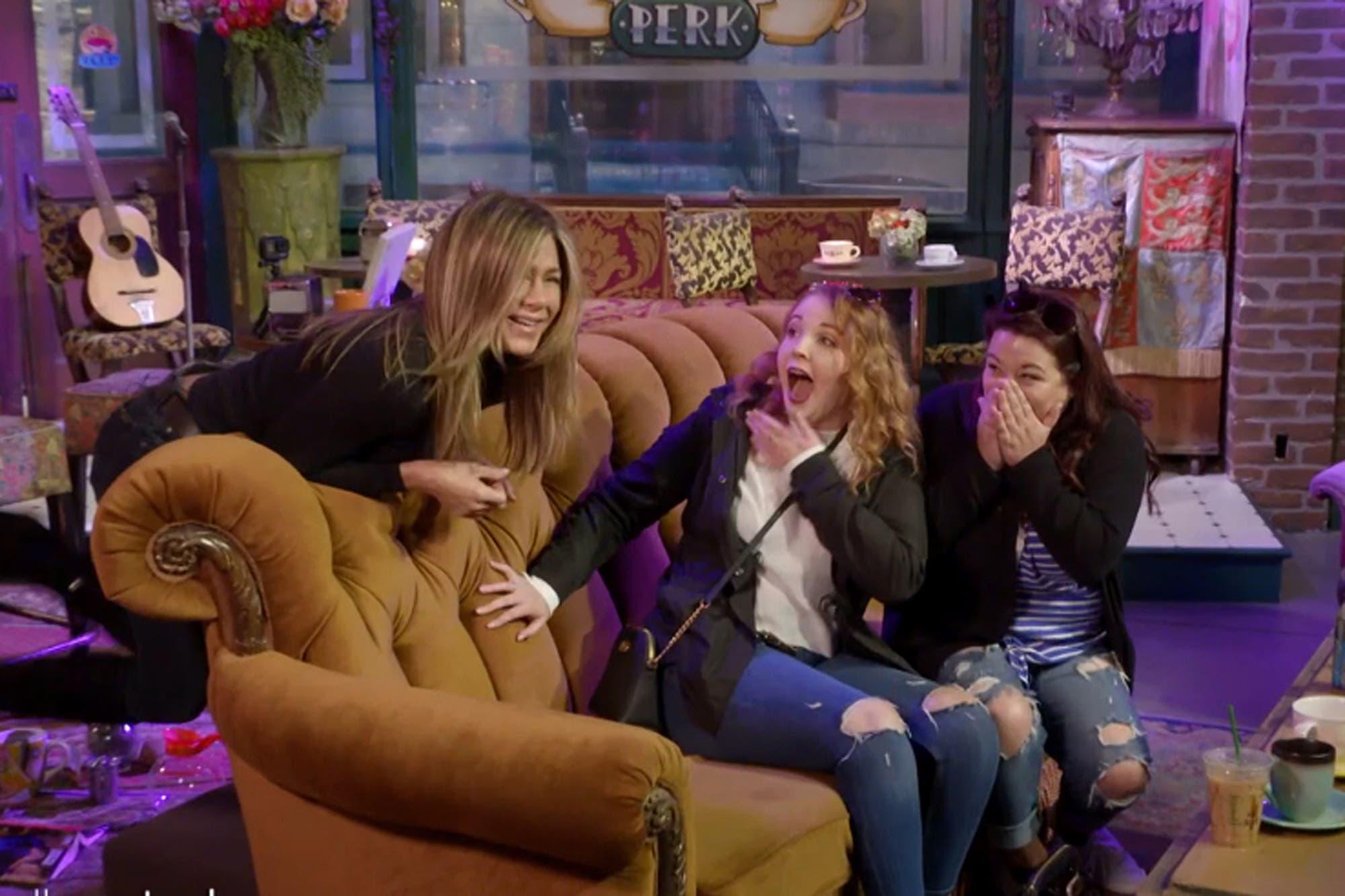 Jennifer Aniston volvió al estudio de Friends para asustar a sus fans