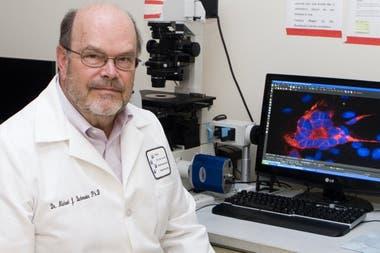 Michael Buchmeier, virólogo y profesor del Departamento de Enfermedades Infecciosas de la Universidad de California en Irvine