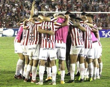 San Martín, el mejor equipo de la temporada en la B Nacional; su presidente, Roberto Sagra, exige el ascenso e inició un reclamo en el TAS.