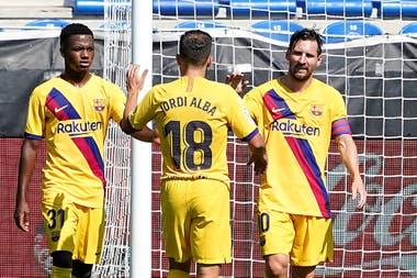 Messi terminó la temporada como goleador y máximo asistidor de la liga española, a pesar de que Barcelona terminó segundo