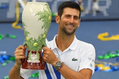 Al coronarse en el de Cincinnati, Novak Djokovic alcanzó en conquistas de torneos Masters 1000 a Nadal, con 35; no tuvo espectadores que lo aclamaran en Nueva York.