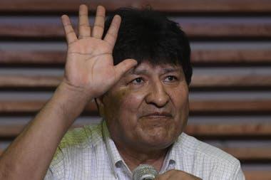 El expresidente boliviano Evo Morales, durante una conferencia de prensa en Buenos Aires, tras la victoria de su delfín Luis Arce en las elecciones presidenciales, el 19 de octubre pasado