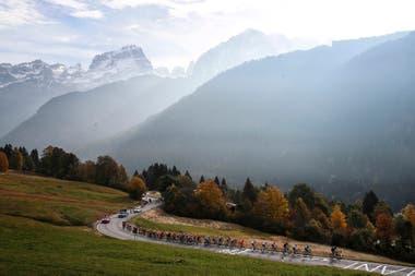 En las montañas italianas la temperatura es baja y algunos competidores temen por su salud, pues consideran que su sistema inmunológico está vulnerable, sobre todo en el contexto de la pandemia.