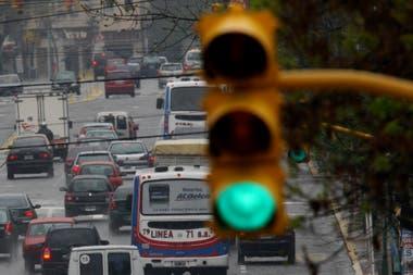 Para reducir accidentes, piden colocar un semáforo en Bilbao y Pergamino