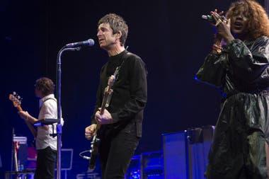 El músico británico, anoche, en el Luna Park