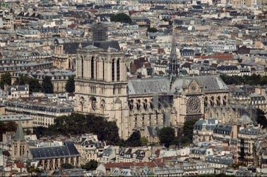 La catedral de Notre Dame está ubicada en la isla de Cité
