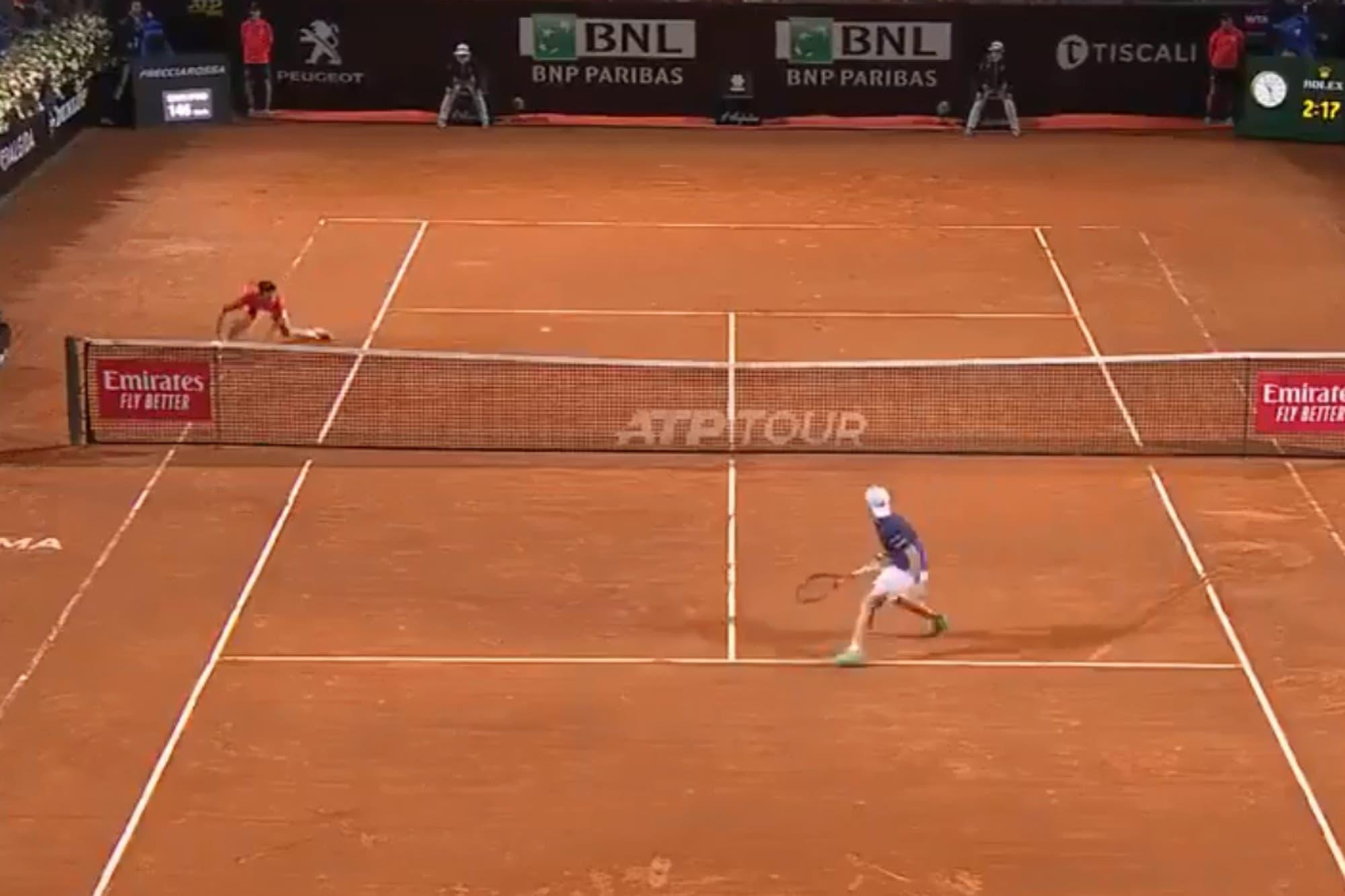 El punto entre Novak Djokovic y Diego Schwartzman que generó una ovación en el Masters 1000 de Roma
