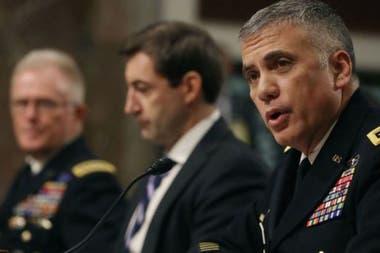 El general Paul M. Nakasone es el jefe del Cibercomando de Estados Unidos