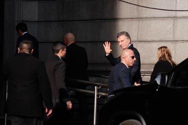 Mauricio Macri ingresa al Congreso dónde se realiza el velatorio de Fernando de la Rúa