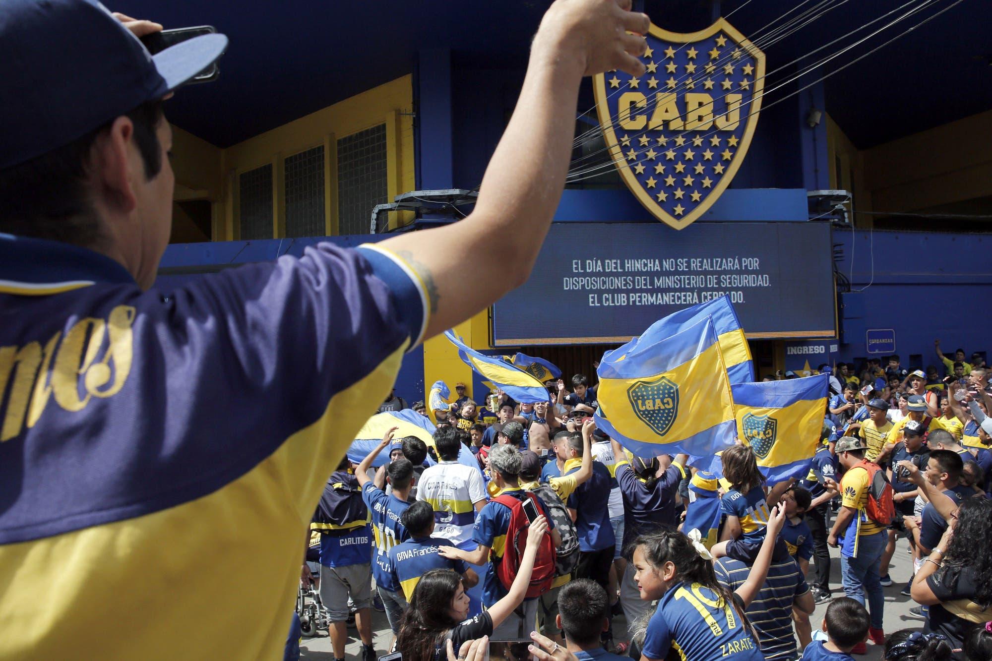 """""""Dios es de Boca"""", el spot con Maradona, una revelación sobre Kempes y las chicanas a River"""