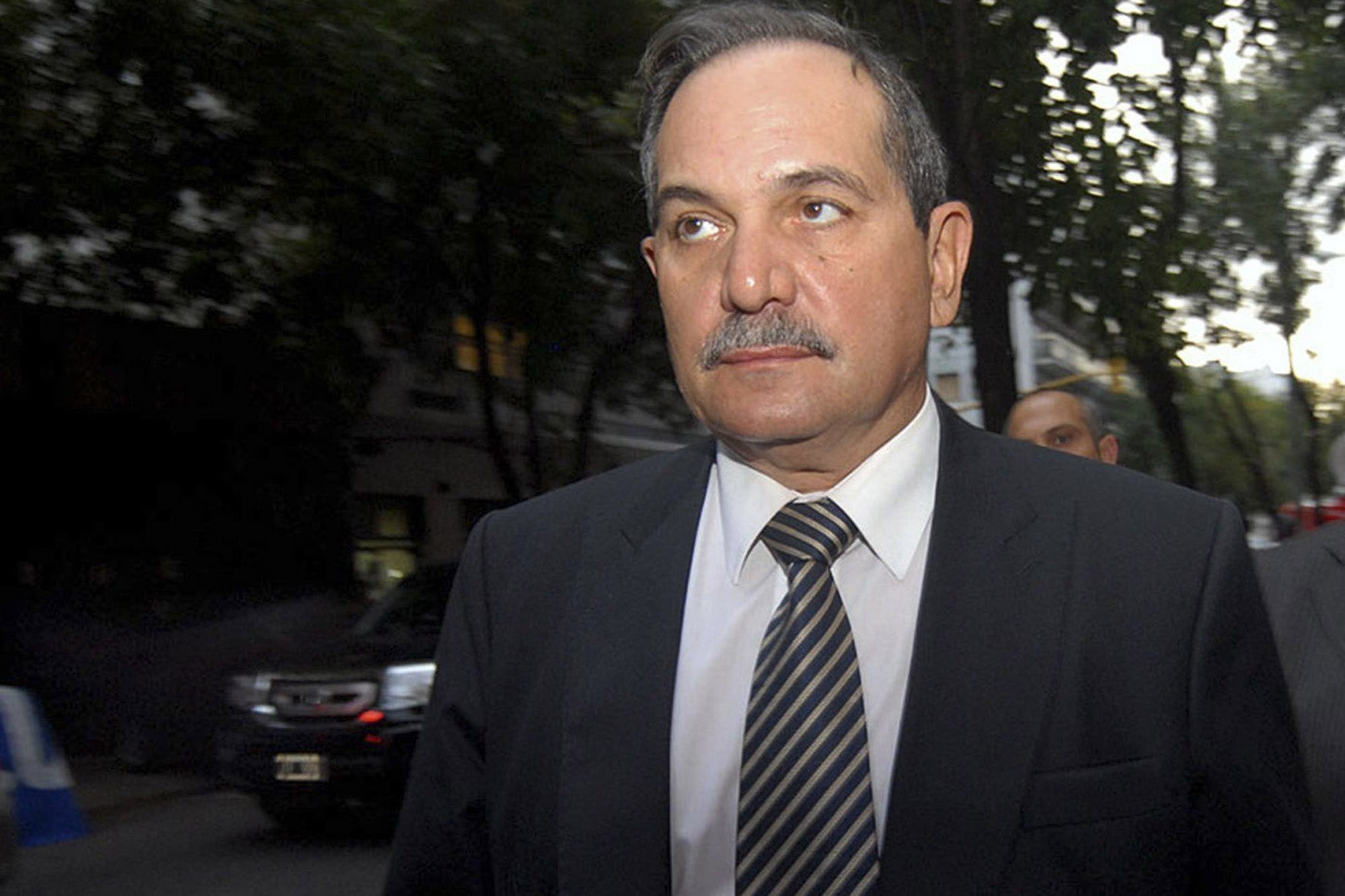 José Alperovich pidió licencia en el Senado tras la denuncia de violación