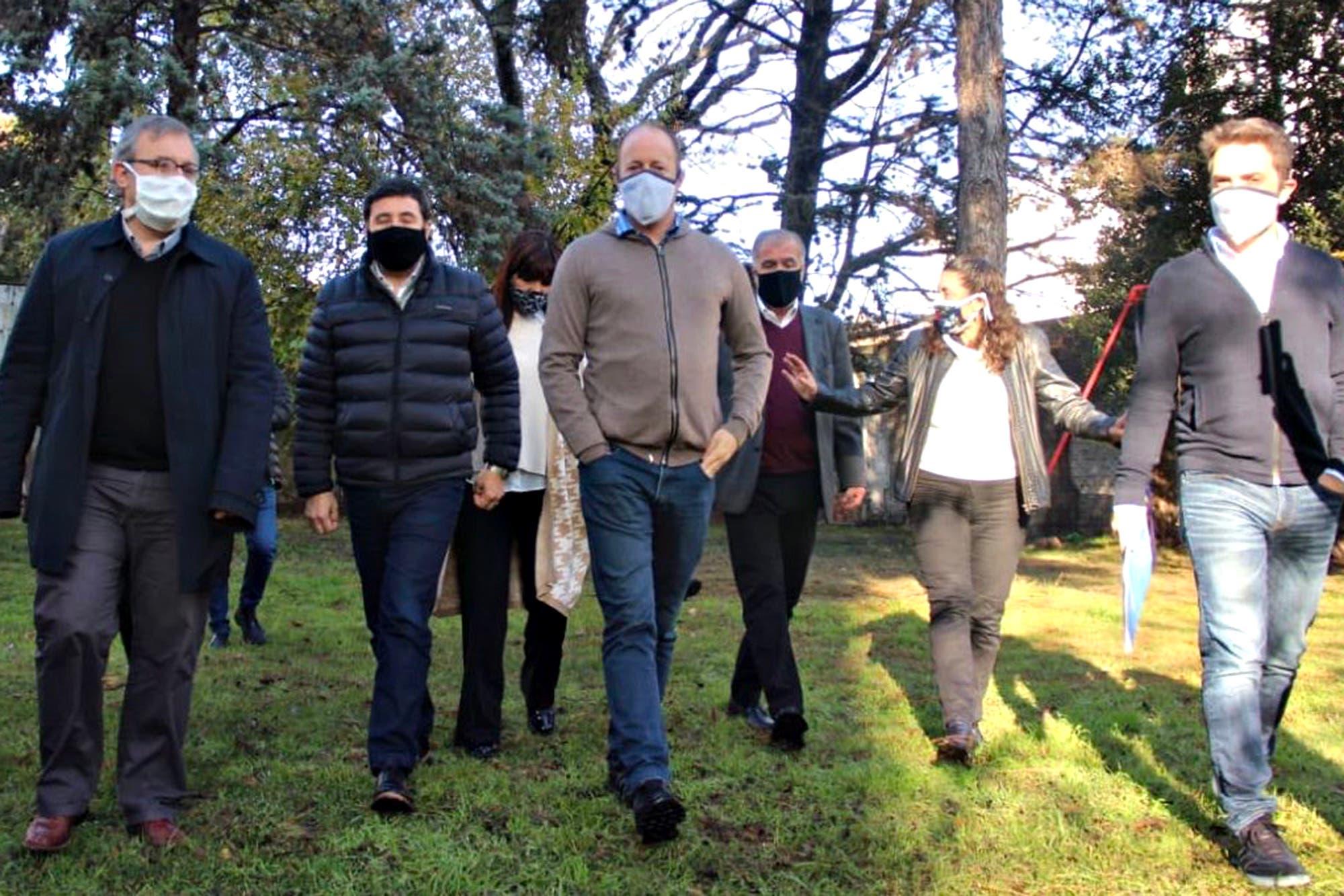 Coronavirus en la Argentina: Martín Insaurralde recibió una transfusión de plasma y esperan su evolución las próximas 48 horas