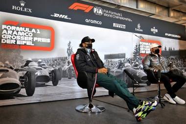 Lewis Hamilton y Valtteri Bottas, durante la presentación del GP de Eifel, en Nürburgring