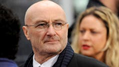 Phil Collins suspendió shows en Londres, tras caerse y golpearse la cabeza