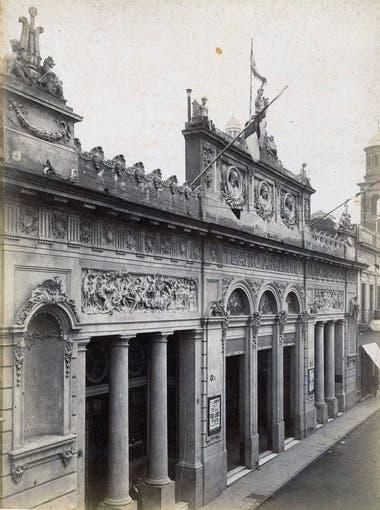 Teatro Argentino. Estaba en Bartolomé Mitre 1444.