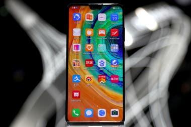 Huawei contaba con su propia línea de procesadores Kirin con un diseño basado en tecnología estadounidense, y por este motivo el nuevo teléfono de la serie Mate será el último en utilizar este modelo