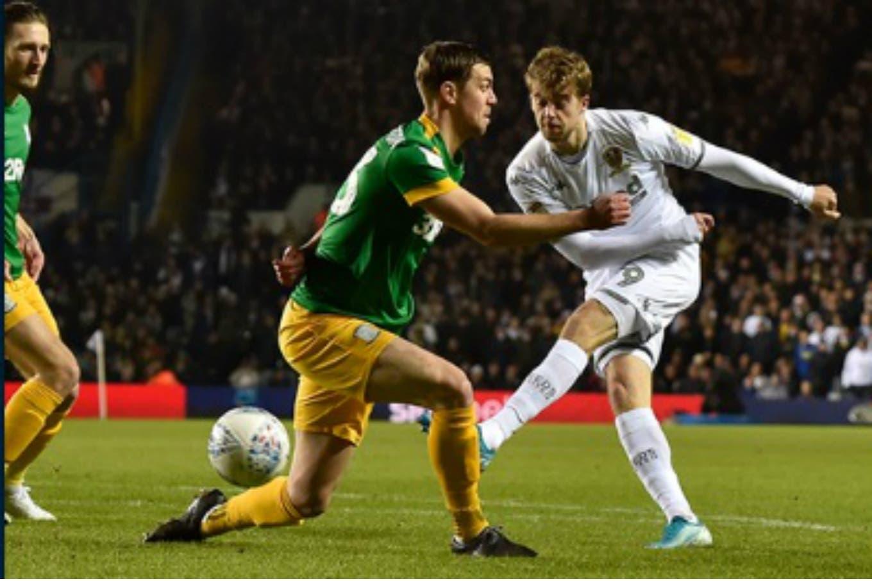 El Leeds de Bielsa empató sobre la hora y se mantiene en la zona de ascenso a la Premier League