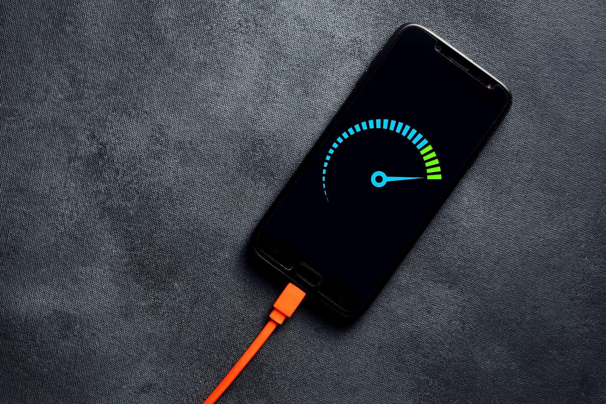 Oppo y realme apuestan por los 125 watts para cargar tu celular a máxima velocidad