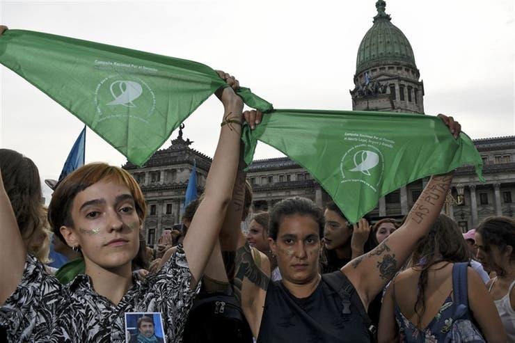 Con firma correntina se presentó el proyecto por el derecho al aborto
