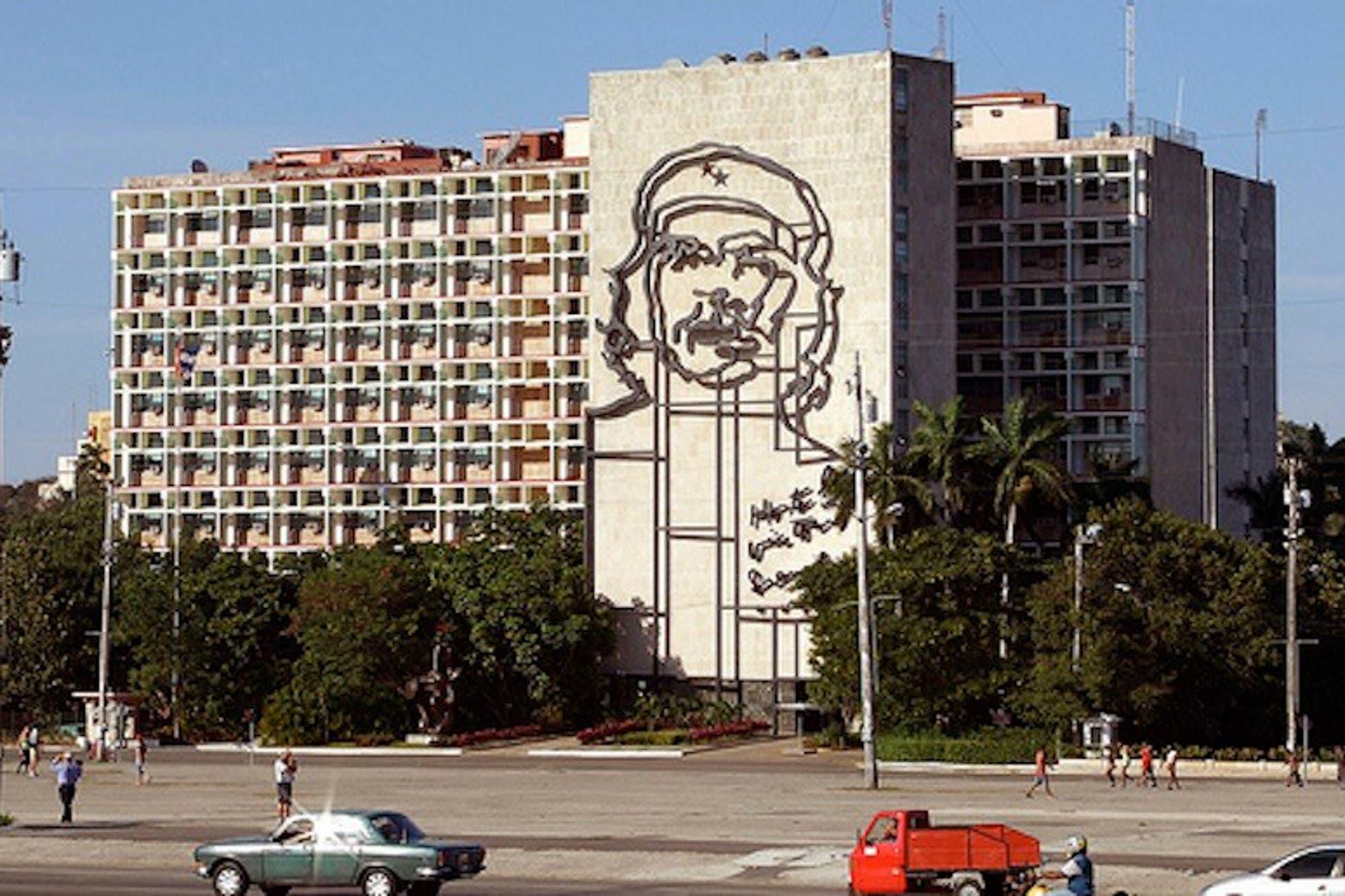 Resultado de imagen para Las elecciones en Cuba empiezan a marcar el cierre de la era Castro