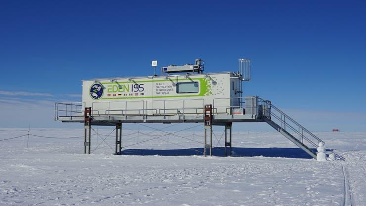 El módulo de la base alemana Neumayer Station III en la Antártida