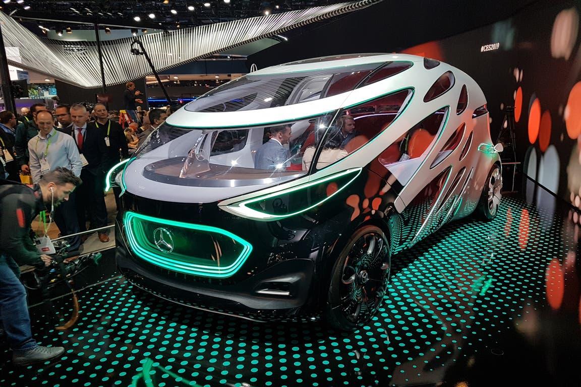 Mercedes-Benz Vision Urbanetic Concept. Eléctrico, autónomo y con carrocerías intercambiables, puede transportar pasajeros y mercadería