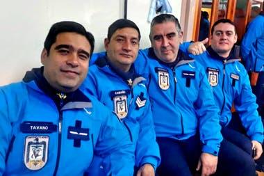 Eduardo Enrique Tavano (izquierda), junto a sus compañeros