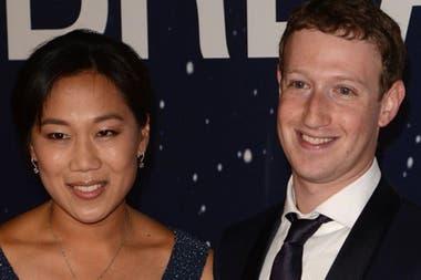 El creador de Facebook Mark Zuckerberg ha ingeniado un sencillo método para ayudar a que su mujer Priscilla no se desvele en la noche