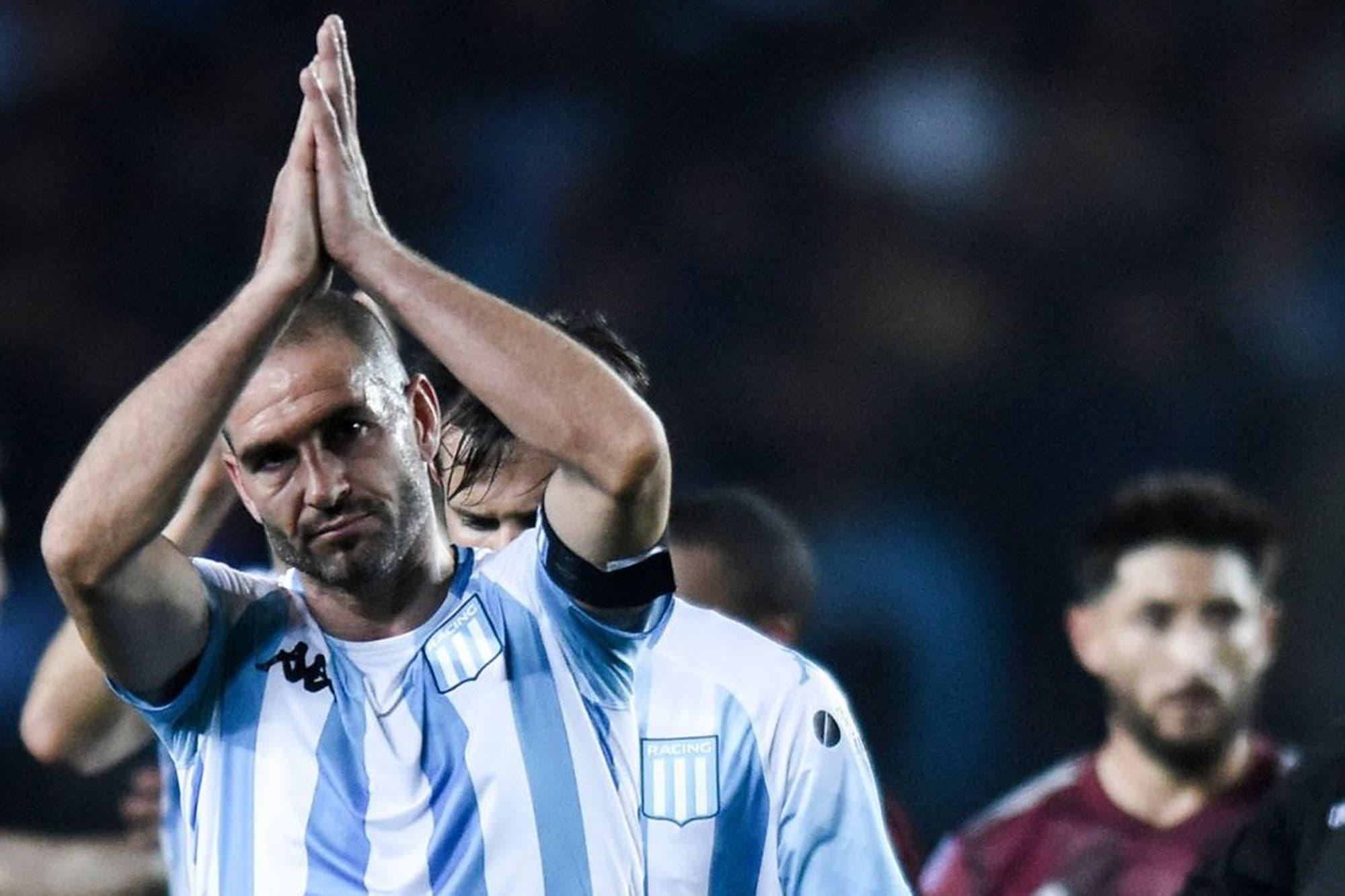 """Racing, tras el 6-1 de River: Lisandro López habló de """"papelón"""" y de la """"necesidad de recuperar valores"""""""