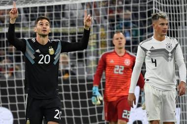 Alario aprovechó la oportunidad: hizo un gol y participó en otro; la Argentina sacó adelante un partido que asomaba como muy complicado