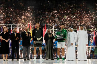 Novak Djokovic conquistó Dubái como para reafirmarse como un líder de un ranking que, poco después, no tendría puntos para sumar.
