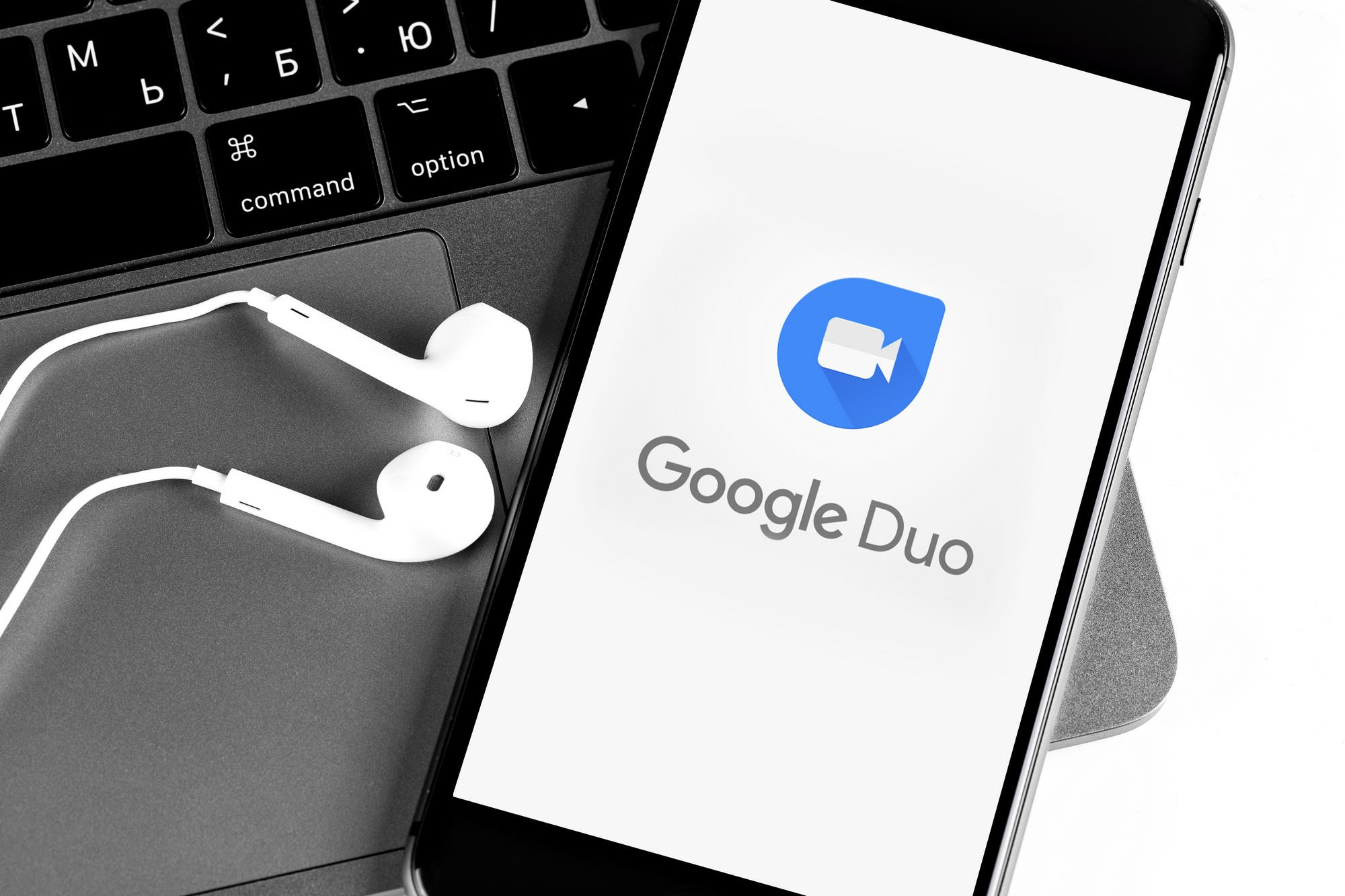 Google Duo ahora permitirá hacer videollamadas desde su versión web y suma efectos y máscaras virtuales