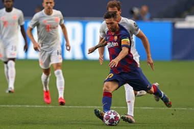 Lionel Messi tuvo un par de oportunidades en el primer tiempo
