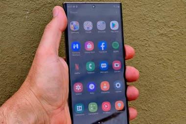 El Galaxy Note20 Ultra corre Android 10 y tiene una batera de 4500 mAh